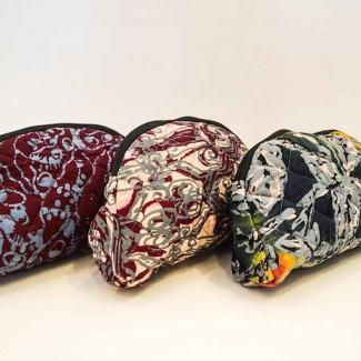 batek-lah cosmetic purse